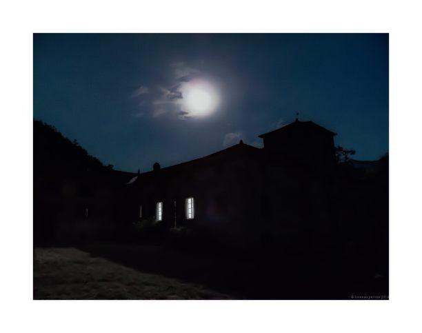 Una antica casa nella campagna toscana
